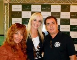 Paradise Miramar, Laura e Namorado