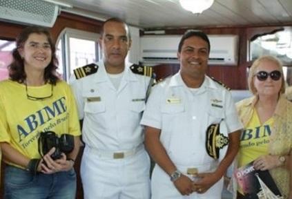 Na-Marinha-do-Brasil-em-Ladário-a-bordo-do-Barco-Albatroz.-680x301